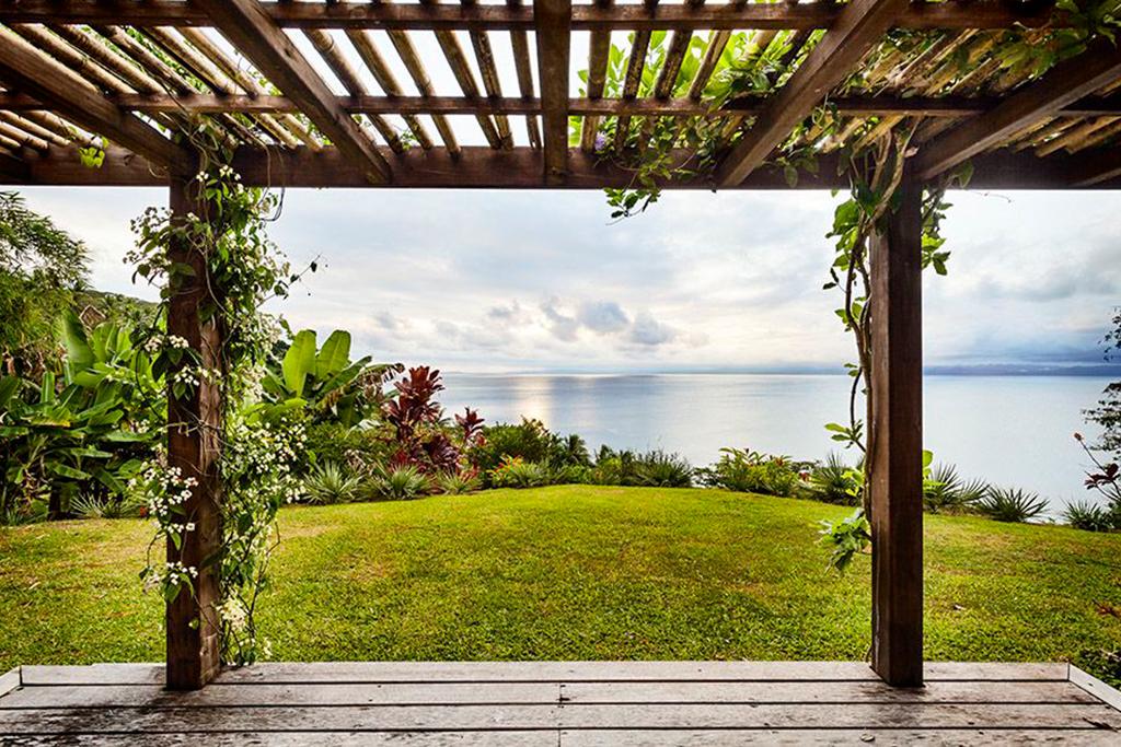 tavola villa fiji bungalow view